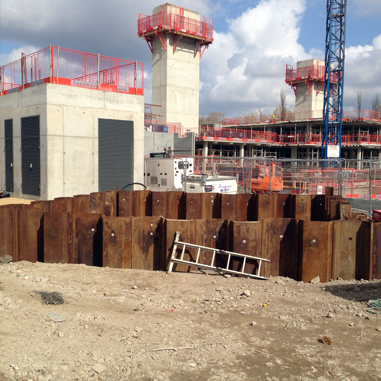 Steel sheet piling retaining wall at Quebec Way