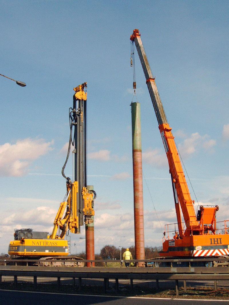 Driving steel tubes for gantry bases