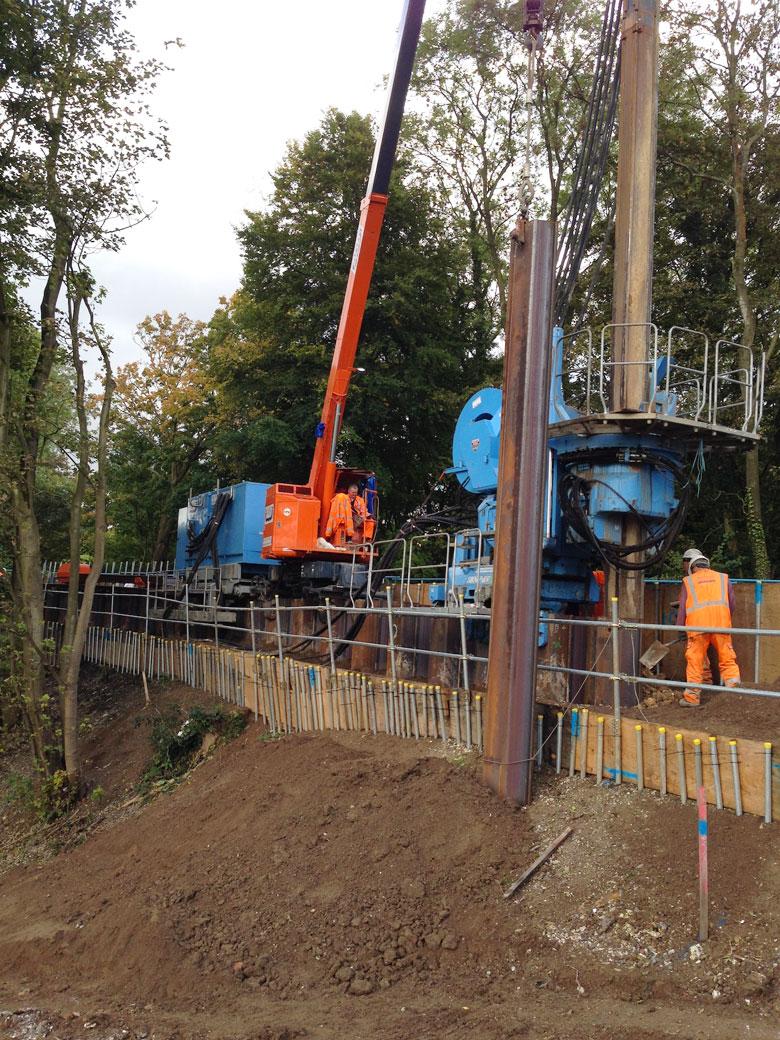 Vibration-free embankment stabilisation on Metropolitan Line railway near Chesham